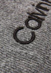 Calvin Klein - CLASSIC BEANIE - Muts - grey - 6