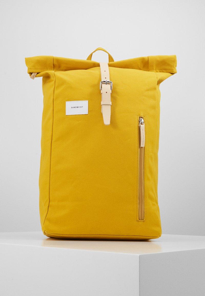 Sandqvist - DANTE - Rucksack - yellow