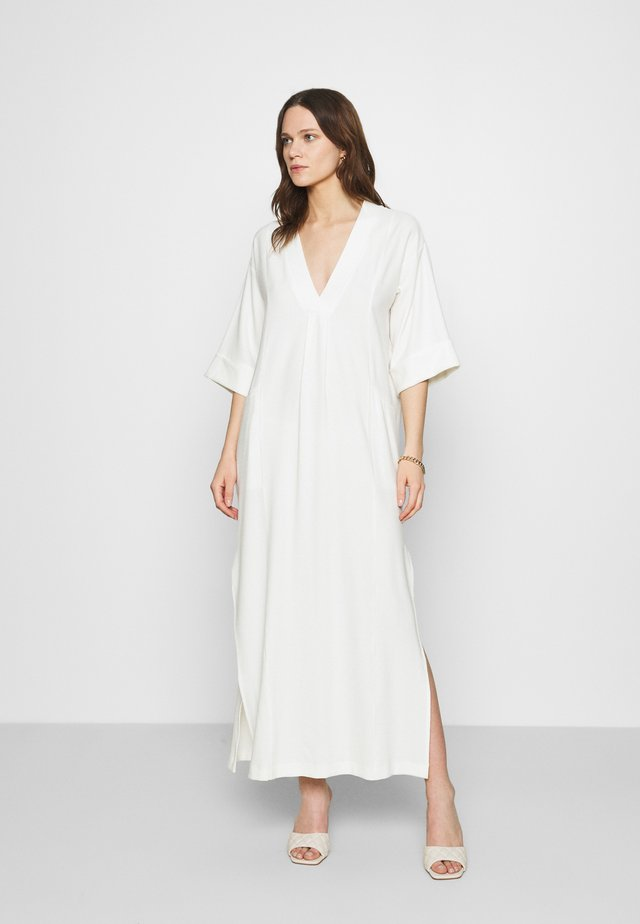 TEMPLE DRESS - Robe longue - cream