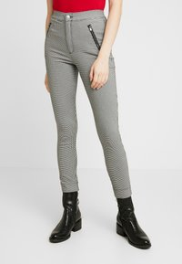 Hollister Co. - PLAID SUPER - Trousers - grey - 0