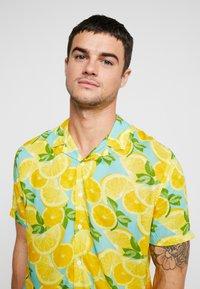 New Look - FRUITY LEMON - Shirt - mid yellow - 5