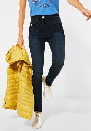 MIT HOHEM BUND - Slim fit jeans - blau
