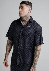 SIKSILK - MONOGRAM RESORT SHIRT - Shirt - black - 0