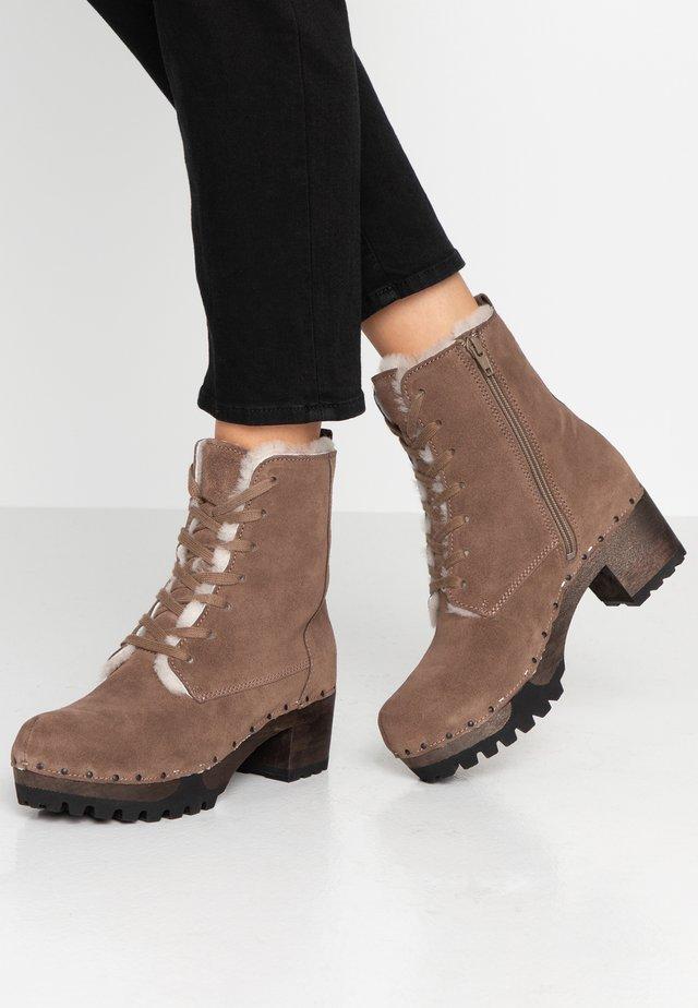 IDA - Platform ankle boots - dark taupe