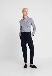 TOM TAILOR - PANTS ANKLE - Trousers - night sky blue - 1