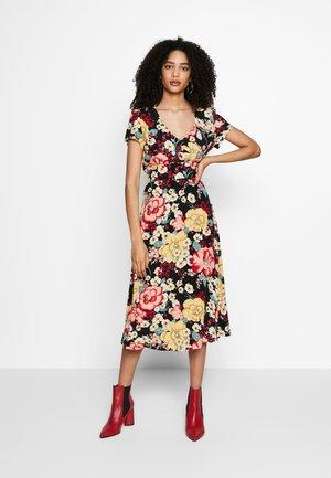 SHILOH DRESS CARIOCA - Denní šaty - black