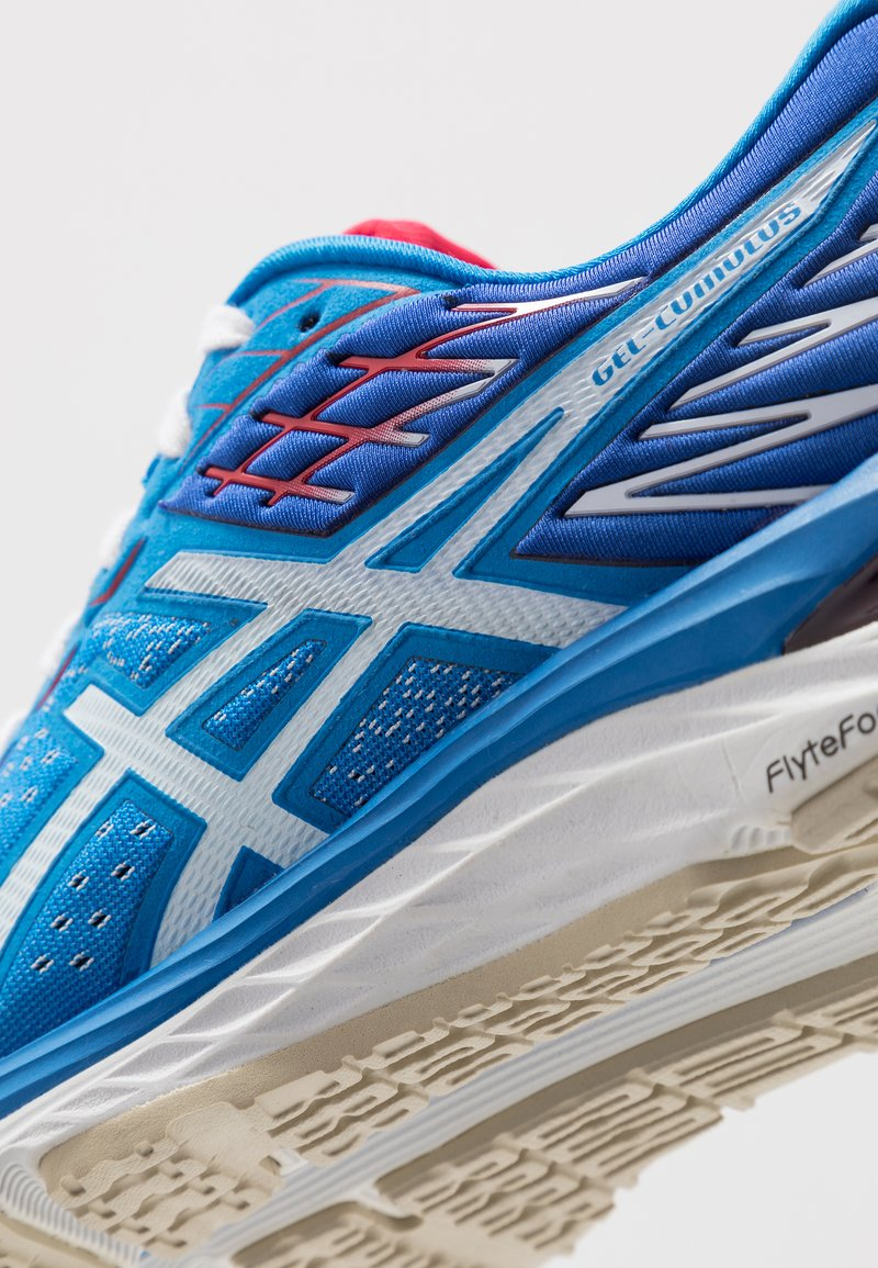 Asics Gel Cumulus 21 Retro Tokyo Neutral Running Shoes Electric Blue White Blue Zalando Co Uk