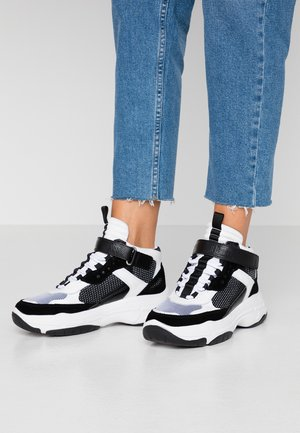 MISSIE - High-top trainers - white/black
