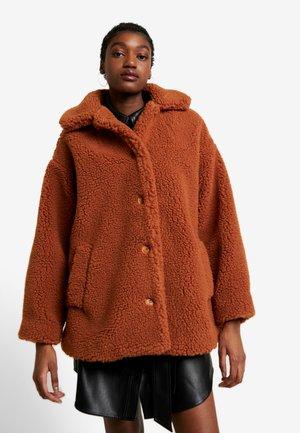NOELLE JACKET - Zimní kabát - orange dark