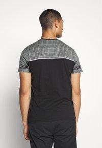 Brave Soul - TENCH - Print T-shirt - black - 2