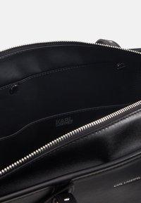 KARL LAGERFELD - KABAS TOTE - Bolso shopping - black - 3