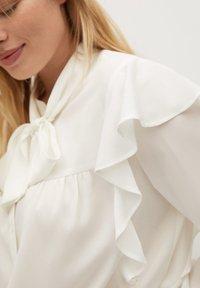 Violeta by Mango - LINDA - Button-down blouse - gebroken wit - 3