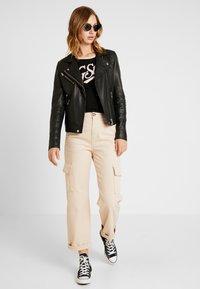 G-Star - GRAPHIC LOGO SLIM - Camiseta estampada - black - 1