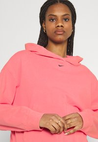 Nike Sportswear - WASH HOODIE - Sweatshirt - sunset pulse/black - 3