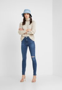 Citizens of Humanity - ROCKET NORMAL - Jeans Skinny Fit - swing low - 1