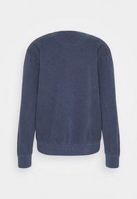 Jack & Jones - JJEWASHED CREW NECK - Sweatshirt - navy blazer - 1
