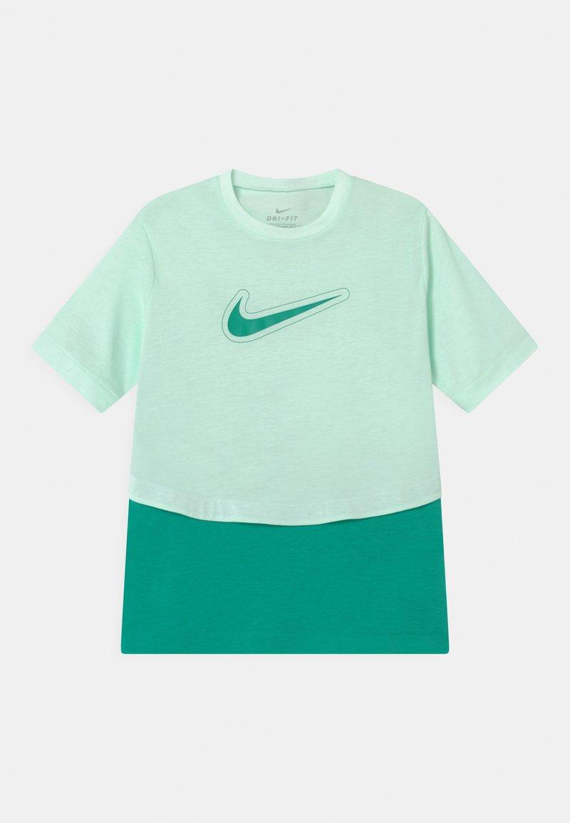 Nike Performance - DRY TROPHY  - Print T-shirt - barely green/neptune green