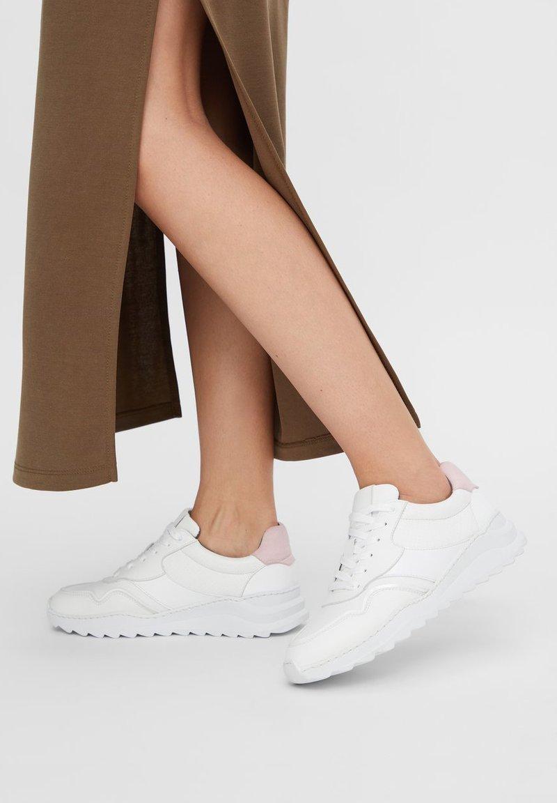 Bianco - CHUNKY VEGANE - Trainers - white