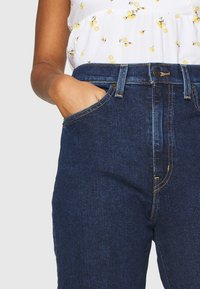 Levi's® - HIGH WAISTED TAPER - Jeans baggy - make a splash - 4