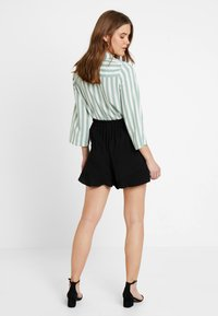 Vila - VIKELLER  - Shorts - black - 2