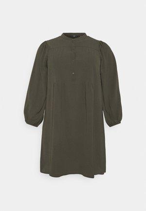 VMSAGA PLEAT SHORT DRESS  - Skjortekjole - peat