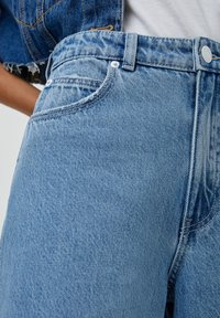 PULL&BEAR - Jeans a zampa - light blue - 4