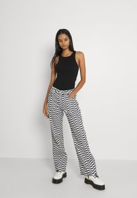 The Ragged Priest - WAVE - Džíny Relaxed Fit - white/black - 3