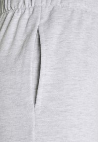 Cotton On - HIGHWAISTED TRACKPANT - Tracksuit bottoms - silver marle - 2