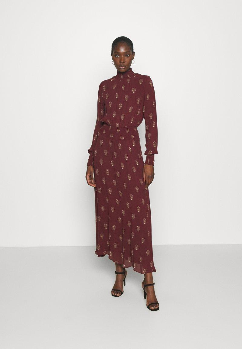 IVY & OAK - RAPA - Maxi dress - bordeaux