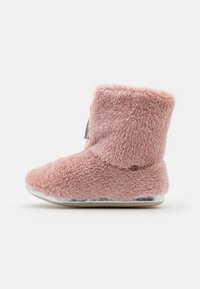 flip*flop - YETI  - Pantuflas - dirty rose - 1