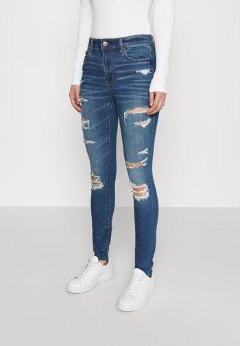 CURVY JEGGING - Slim fit jeans - sky blue