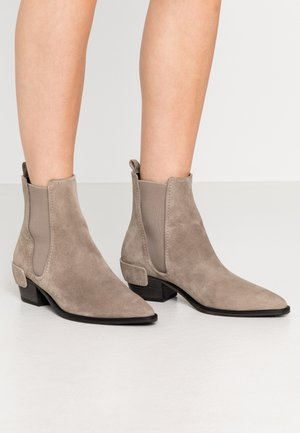 ROCKY - Classic ankle boots - pebble