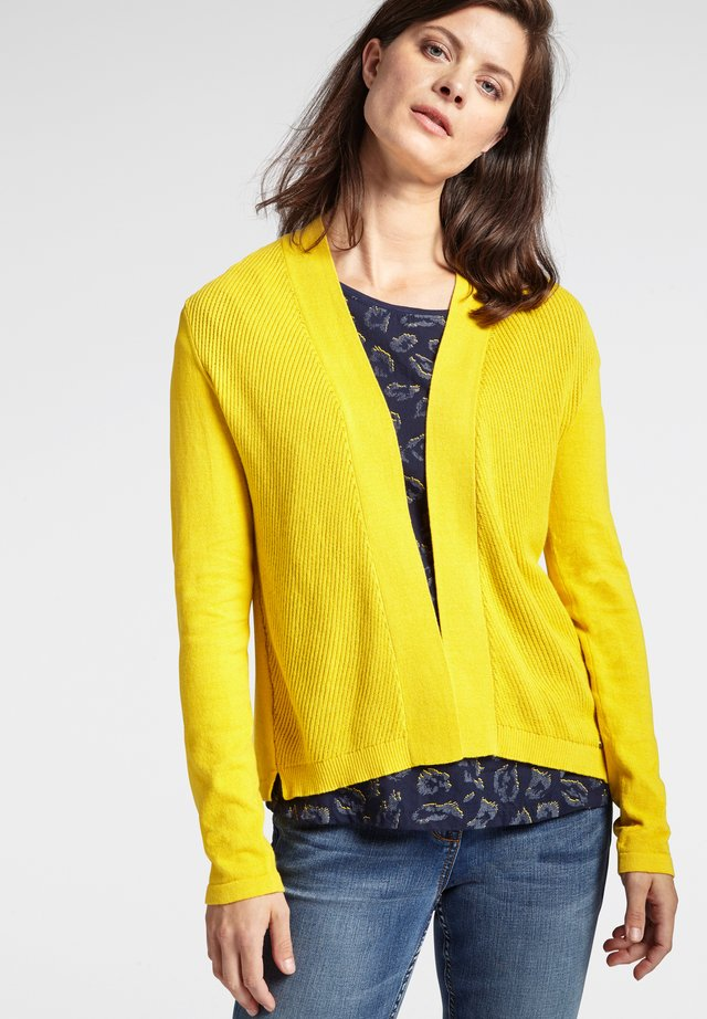 MIT RIPPENMUSTER - Strickjacke - yellow
