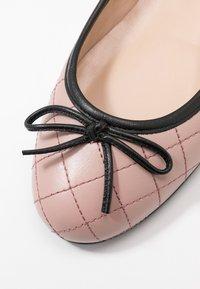 Brenda Zaro - CARLA - Ballet pumps - rose/black - 2