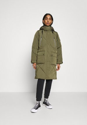 ELONGATED PUFFER - Winter coat - olive green