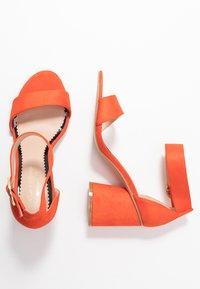 Miss Selfridge Wide Fit - WIDE FIT BLOCK HEEL BARELY THERE - Sandals - orange - 3