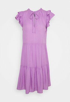 PCTERESA DRESS - Kjole - sheer lilac