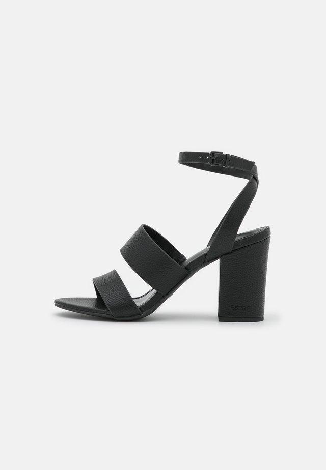 CALLA  - Sandály na vysokém podpatku - black