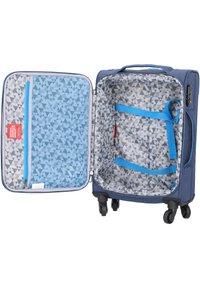 Hardware - AIRSTREAM  - Wheeled suitcase - blue/light blue - 4