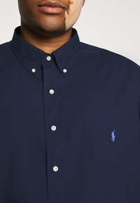 Polo Ralph Lauren Big & Tall - NATURAL - Shirt - newport navy - 5