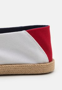 Tommy Jeans - ESSENTIAL - Espadrilles - red/white/blue - 5
