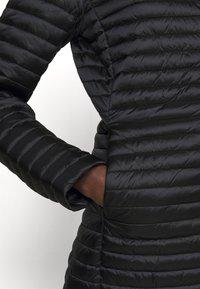 Save the duck - IRIS ALBERTA LONG HOODED COAT - Winter coat - black - 4