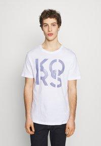 Michael Kors - STACKED - Print T-shirt - white - 0