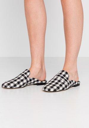 VICTORIA - Pantofle - print