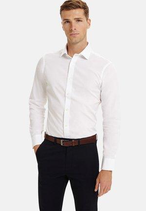 FITTED POPLIN - Formal shirt - white