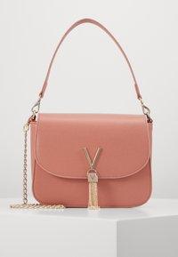 Valentino by Mario Valentino - DIVINA  - Handbag - rosa antico - 0