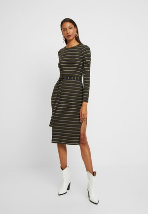DRESS - Shift dress - olive