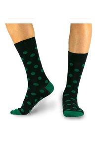 Natural Vibes - GEPUNKTETE SOCKEN - Socks - black / green - 0