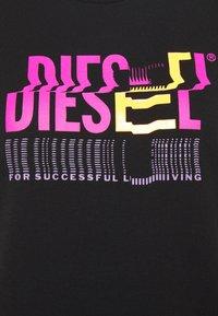 Diesel - T-SILY-K6 - Print T-shirt - black - 6