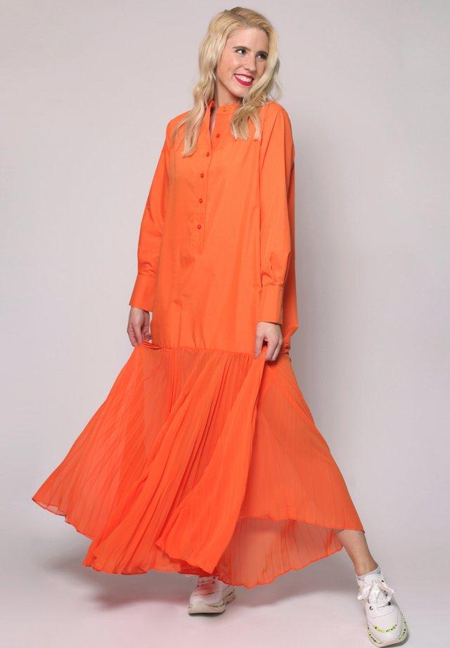 Maxi dress - cantaloup